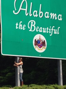 alabama sign hug